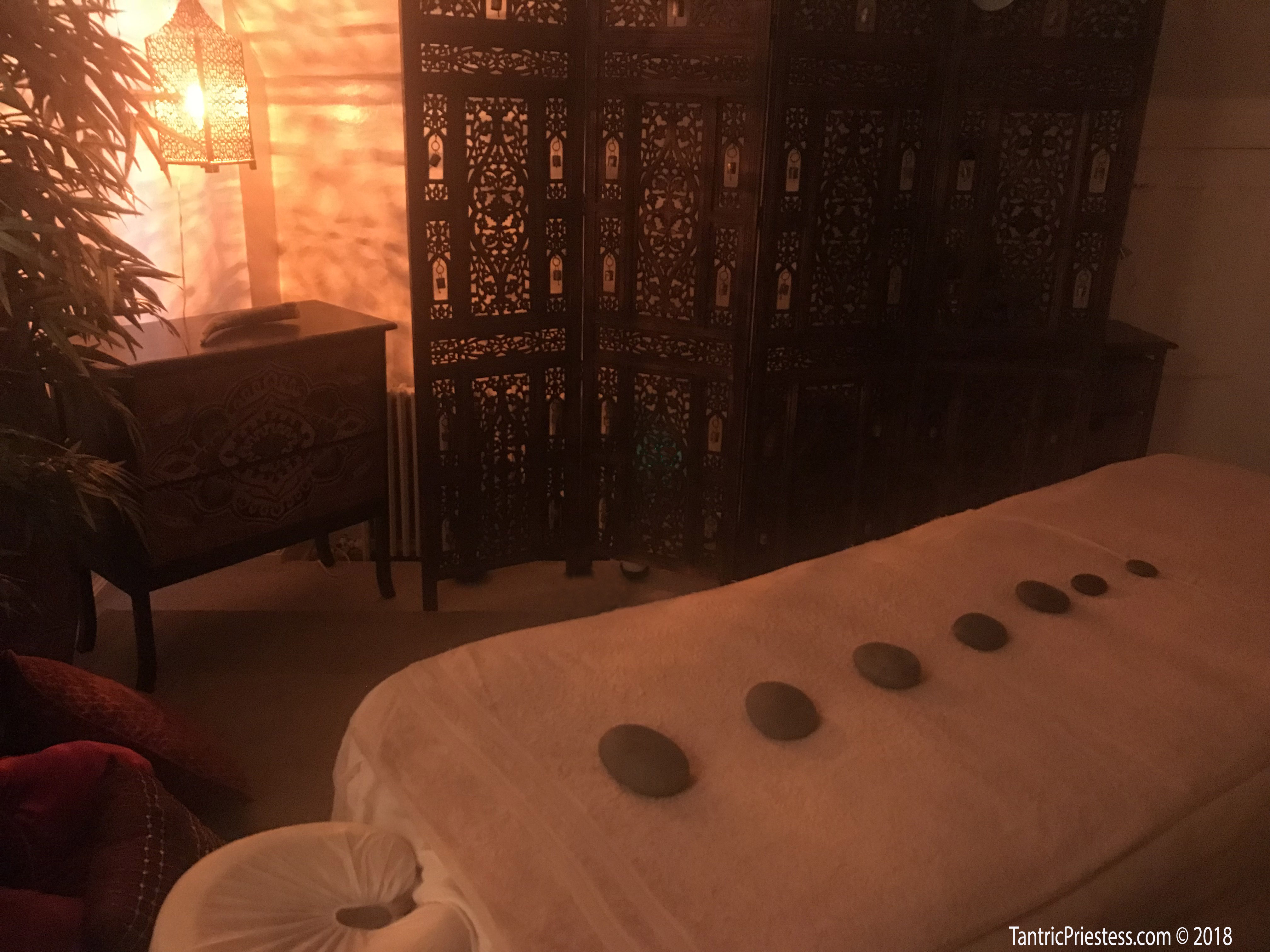 Tantrassage: Tantra Temple, The Womb Chamber, Tantric Healing